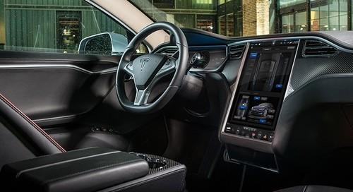 新能源汽车成焦点Tesla入华脚步加快