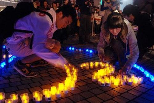 科技时代_图文:台北市民用LED灯摆出No CO2字样