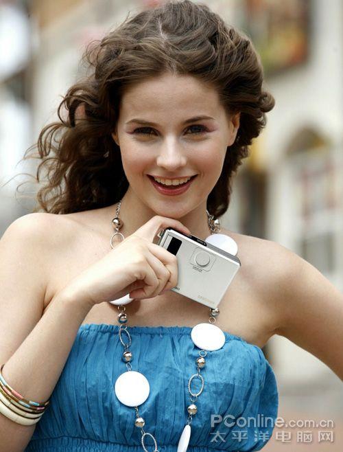 三星数码相机发布蓝调i100/i80及s1060