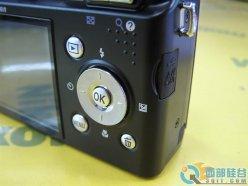 5倍光变防抖相机尼康P60跌至1600元