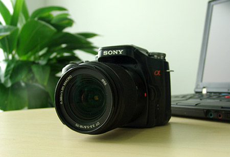 索尼首款数码单反相机α100深度评测报告