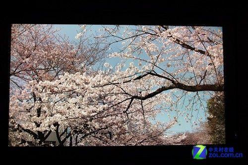 超越投影夏普全球首款8K分辨率LCD电视