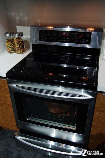 化整为零LG展示一体式厨房解决方案