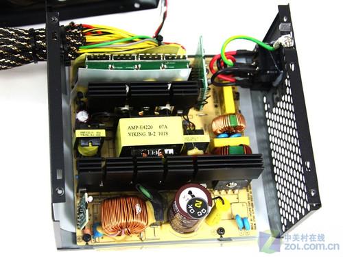 谐振软开关拓扑结构是当前高端电源中难得一见的先进设计方案,12v