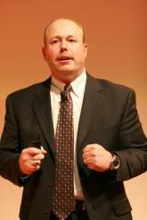 微软首席运营官凯文特纳