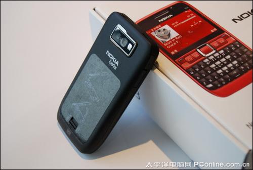畅游3G网络诺基亚E63智能机卖1700元