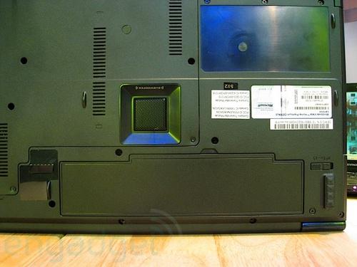 联想Y710本真机现身可配T9300处理器