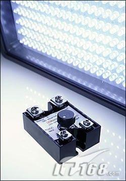 上网本都用LED屏LED本已占据半边天?