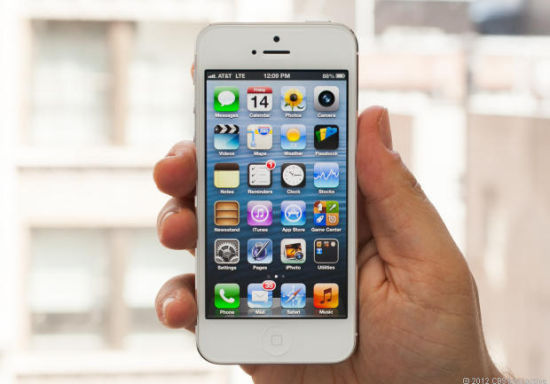 上一财季,苹果在全球多个国家发布iPhone 5