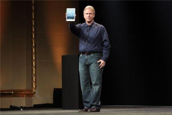 苹果全球市场营销高级副总裁菲尔・席勒(Phil Schiller)