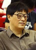 周翔江苏少年儿童出版社《东方娃娃》主编