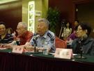 原中国戏剧家协会副主席、著名剧作家、词作家阎肃