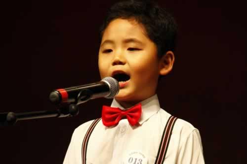 小朋友激情演唱