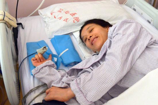 桑兰14日剖腹产子