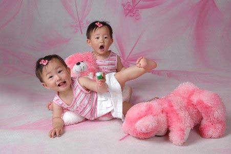 星光熠熠宝宝秀第13期:双胞胎mm(图)