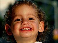 以色列:你的笑容象天使般明亮