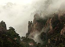 宛如仙境的三清山云雾