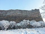 崇文:明城墙前雪树银花
