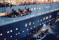 救生之疑?如此庞大的轮船为何救生艇不足