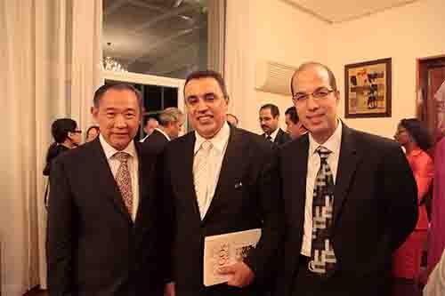 世界和平基金会李若弘主席与突尼斯工业部长珠玛、突尼斯驻华大使阿姆里