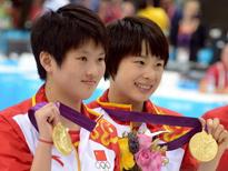 女子双人10米跳台