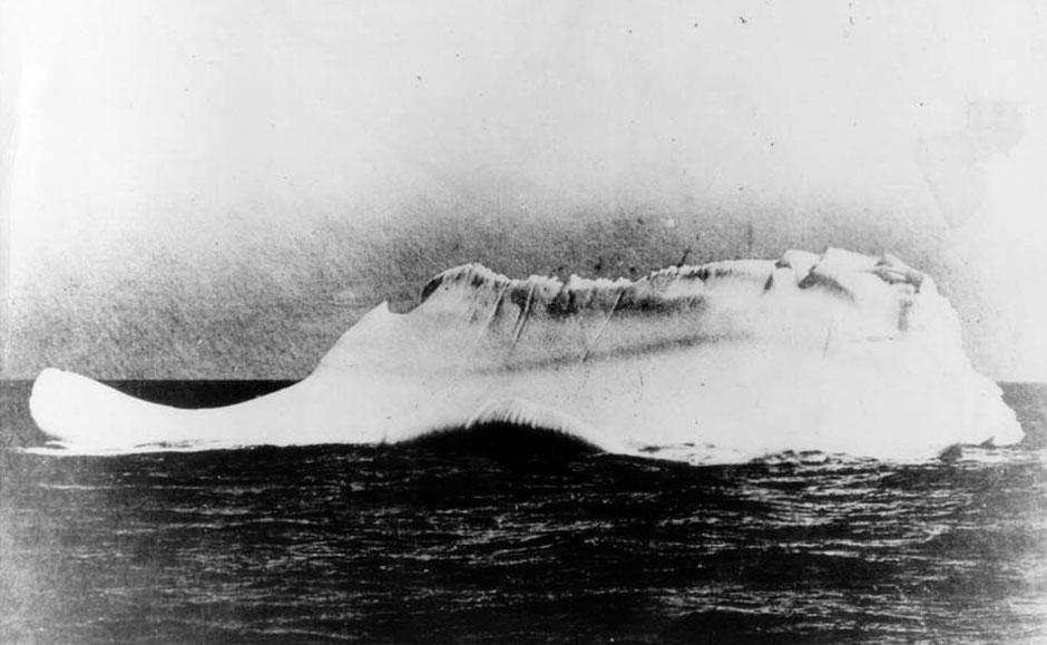 绝版照:造成泰坦尼克号沉没的冰山