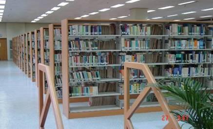 走进图书馆八图片
