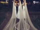 巴西三胞胎姐妹同天举行婚礼 新郎们担忧认错