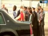印总理莫迪穿衣风格盖过米歇尔 反对派批其自恋