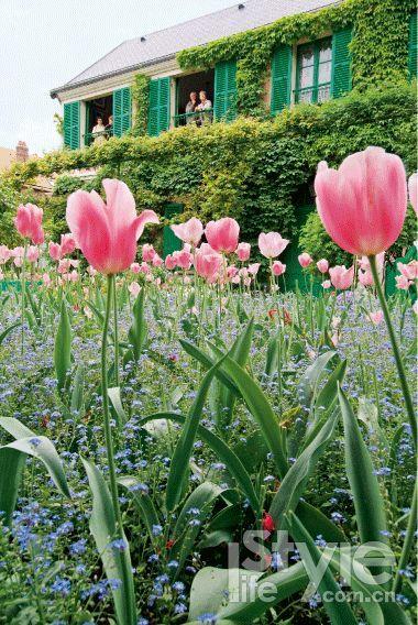 莫奈故居就是粉色与绿色的组合。(摄影/Eure Vudoiseau Réduite,供图/法国诺曼底旅游局)