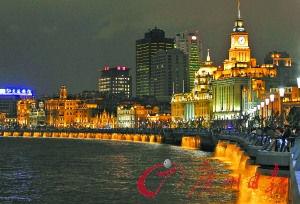 如果在上海遇见你,一定带你去外滩坐最后一班摆渡外滩看夜景……