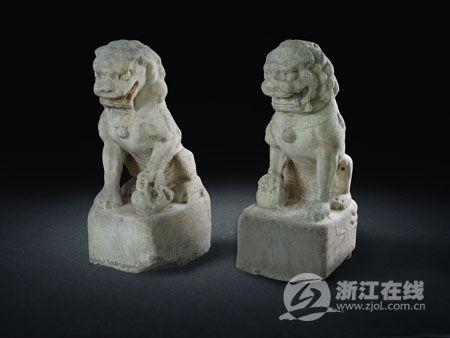 宋明文玩石雕小狮子