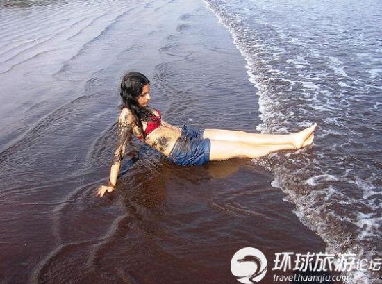 喀麦隆 如巧克力般细软丝滑的沙滩