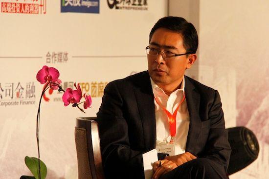 美国罗仕证券董事总经理杨斌