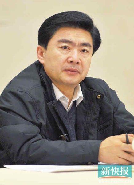 广东省委常委、深圳市委书记王荣接受人民日报采访谈改革和社会管理