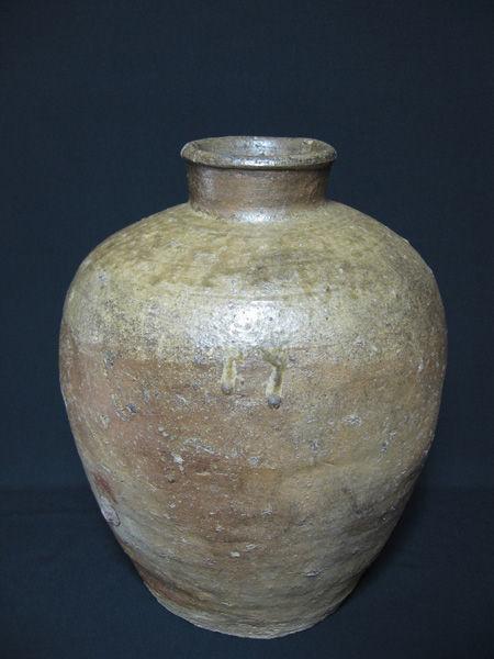 图11-古备前茶叶罐