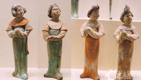 彩绘陶女立俑(四件)