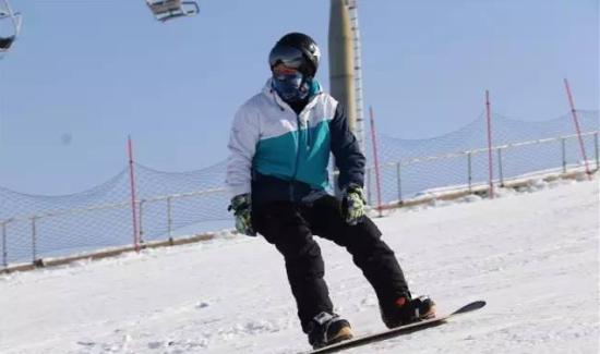 精彩纷呈的冰雪赛事活动,撩起内心火辣的运动热情