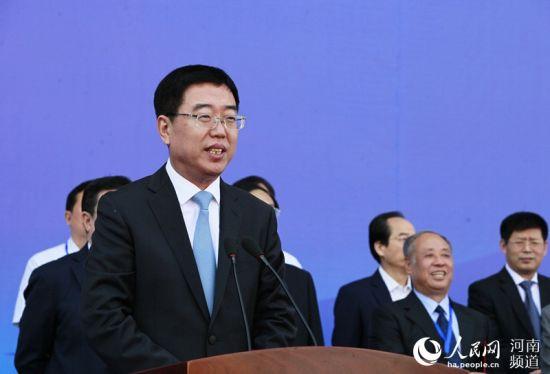 国家旅游局副局长杜江宣布节会开幕
