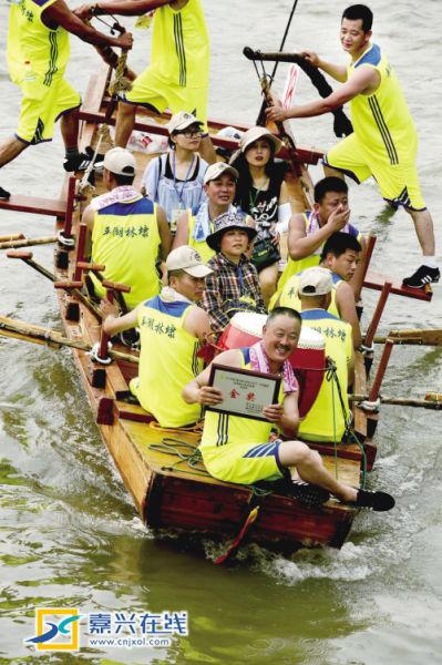 平湖林埭的第6支代表队获团体金奖
