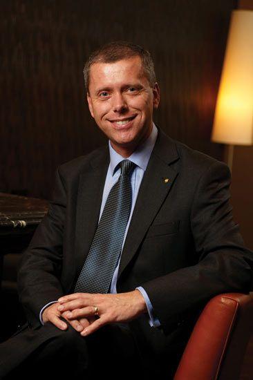 最佳酒店经理人候选:范马斯-深圳香格里拉大酒店