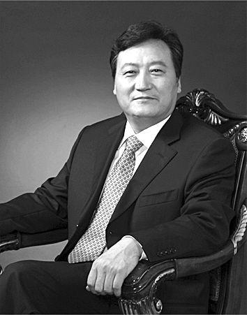 中国中铁公司执行董事、总裁白中仁。