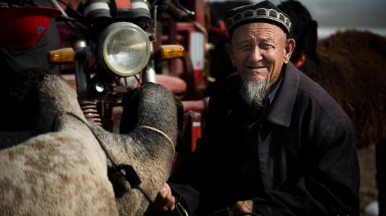 南疆巴楚――大巴扎里的众生态