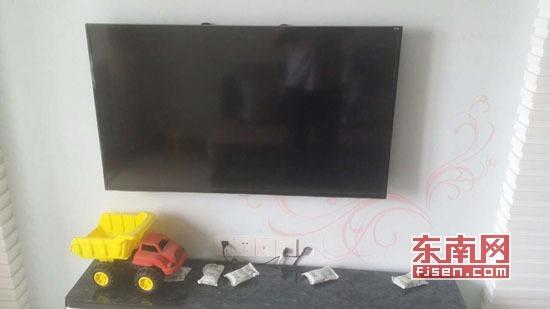 三星液晶电视开机两次就出现故障,型号UA48HU5900JXXZ