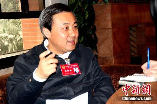 扬州市长谢正义:破解民生难题首先是扩大就业