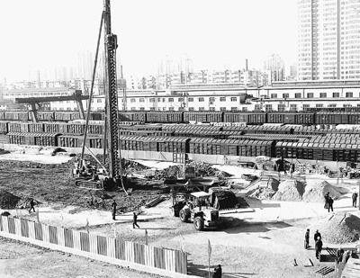 辽宁建高铁拆投资数千万新建筑 被指败家子工程