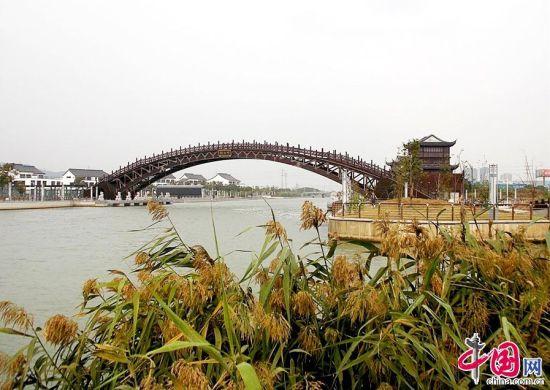 苏州建成世界最大跨度木拱桥