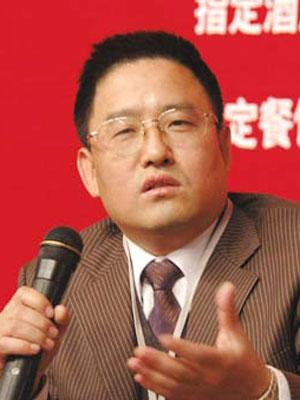 图文:广东省广告公司副董事长执行创意总监丁邦清图片