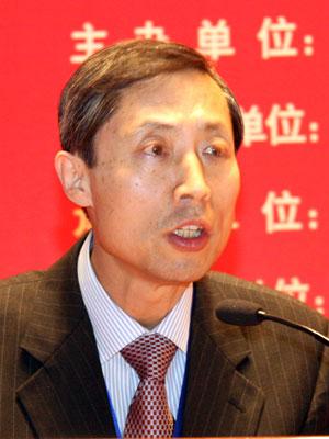 图文:韩国外国语大学李永求发言