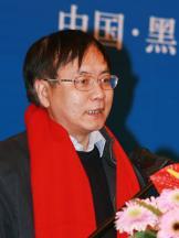 中央文献研究室副主任陈晋